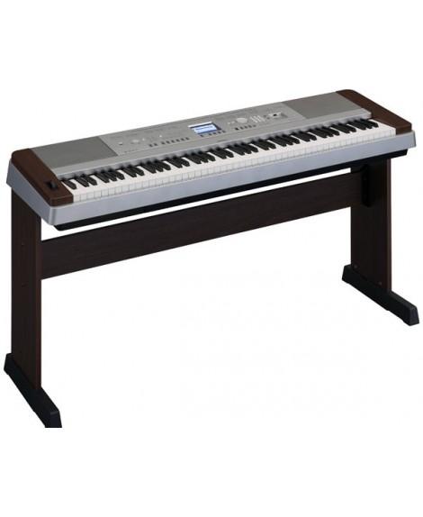 Piano Digital Yamaha DGX-640